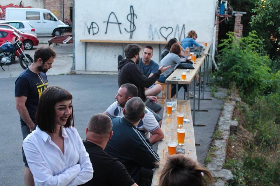 Bioskop u Zemunu: filmovi među cisternama piva - Oblakoder