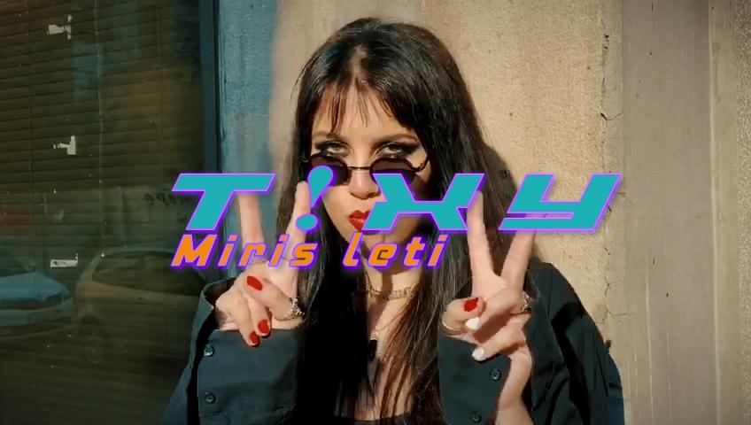 T!xy objavila debi singl