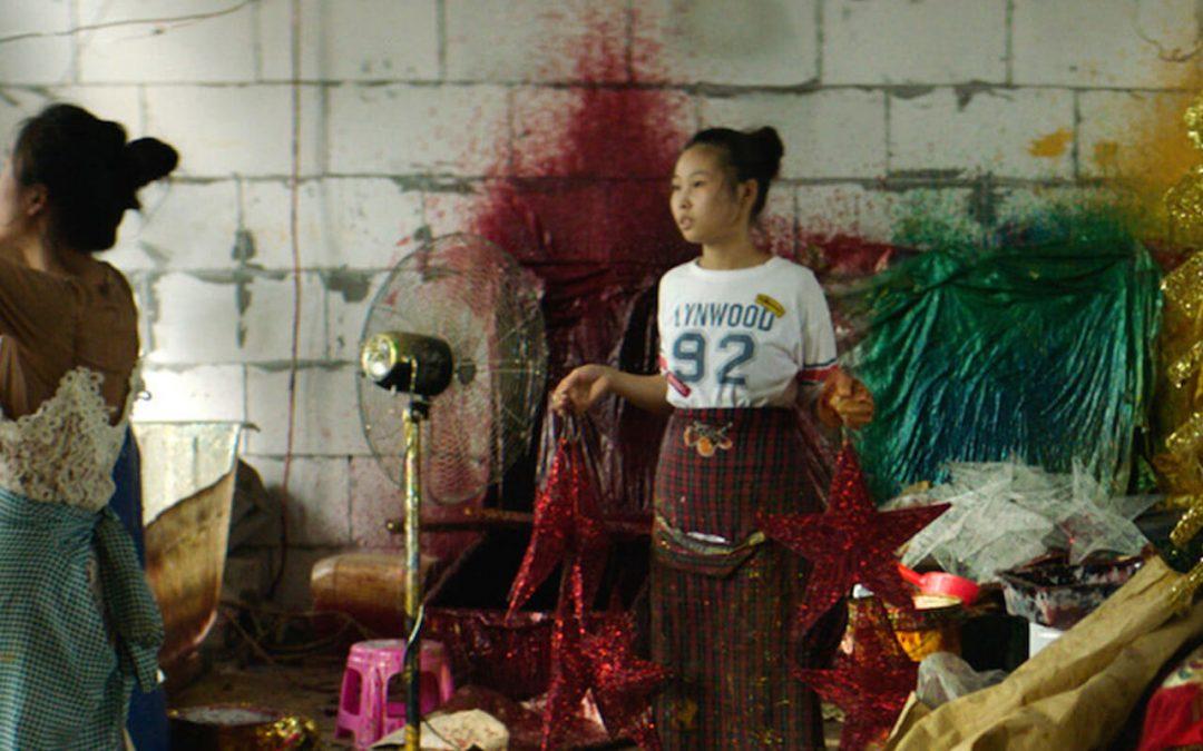 Merry Christmas, Yiwu: Intiman film o radnicima u fabrikama novogodišnjih ukrasa