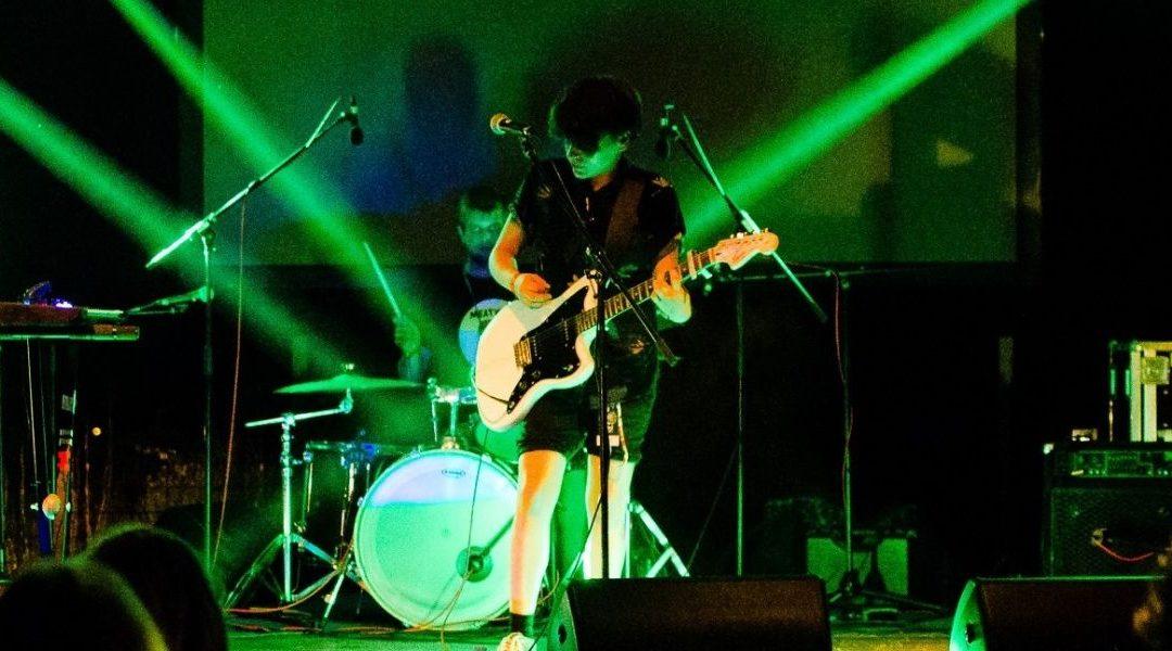 Tús Nua predstavljaju novi video za energični singl Lights Out